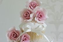 Cakes / by Lilou
