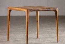 Artisan / Especialistas en la producción manual de muebles de alta calidad, el trabajo artesanal es lo que les diferencia. Las primeras experiencias en la producción de muebles fue con diseñadores holandeses y británicos. Desde entonces, su objetivo ha sido el de reafirmar la filosofía que les guía en cada colección.
