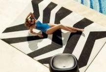 Vondom / Vondom es una empresa líder en diseño, producción y comercialización de mobiliario, macetas, iluminación y alfombras IN & OUT de vanguardia.  La alta tecnología y materiales ecológicos se emplean en el proceso de fabricación para satisfacer las necesidades más exigentes de nuestros clientes.  Ambientes únicos y exclusivos en sus espacios y hogares de un puro estilo mediterráneo.