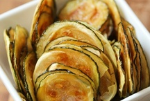 Füd: Zukes Alors / Sooooo many zucchinis. One can be buried alive under a basked of zukes, right?