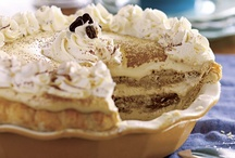 Füd: Tiramisu / We are huge lovers of that beautiful, fluffy, tasty dessert known as tiramisu. We love to try all incarnations of it at least once in our house.