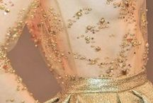 G O L D / W E D D I N G S / Gold Wedding Palette Inspiration for brides, brides-to-be, and grooms.