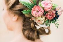 T H E / F L O R A L / C R O W N / Flower crown & wedding inspiration for brides & brides-to-be.
