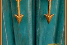 Architectural Details / Hardware, fixtures, doors, the little things.