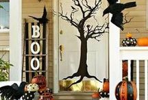 Decorated Entryways / by Jessica Miller