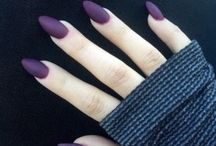 nails / by Lindsey Gremaud