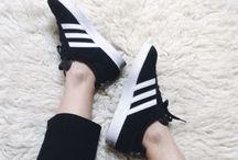 Black details / Adidas Gazelle