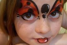 Costumes and  Face Painting - Disfraces y maquillaje