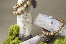 Jewelry Photography Ideas / A board to check inspiration in home jewelry