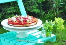 Inspirations- food&drinks / Zbiór inspiracji dotyczących przygotowania jedzonka i picia- od zwykłych posiłków, po przyjęcia. / by Monika