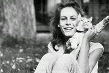 Cats and their Notable Humans / Notable humans with their feline friends!