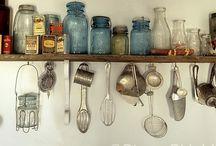 Kitchen Happy / Dream KItchen Inspiration! Warm and cozy.