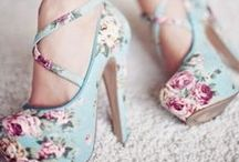 Clothes/Shoes/Etc / by Dana Pellegrino