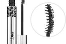 Beauty / / Make-up / Nails /