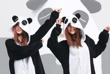 Panda Animal Adult Kigurumi Onesie 熊猫 / Probably the most-loved animal in the world, the panda. It's cute and rare look is what separates it from other animals. You can now look like the irresistibly adorable creature with you own panda kigurumi.