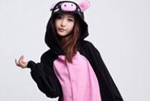Black Pig Animal Adult Kigurumi Onesie 黑豬 / Being a pig is the cutest thing in the world especially if you become a black pig by wearing your fantastic Kigurumi. Tease your friends, tell jokes and all will be happy for this costume. Wearing your Black Pig Kigurumi will surely make you synonymous to entertainment, so get ready to show your hidden talents like through singing and dancing and all the skills that you have in you to entertain all the people for your party and any gathering with your friends and acquaintances.