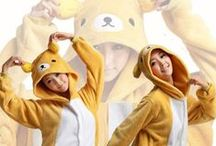 Rilakkuma Bear Character Adult Kigurumi Onesie 轻松熊 / Be the cute, loving and huggable person eveytime you plan to wear your Rilakkuma Bear Kigurumi. Surprise everyone with sweet hugs and soft sighs when you wear your Kigurumi costume. Become a soft toy bear for everyone and wear your costume when you plan to snuggle on your bed with your special someone or you could actually wear this as your costume as well.