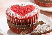 Valentine's Day / Siete a caccia di idee per stupire il partner con una colazione romantica? Date un'occhiata a queste proposte, aggiungete le vostre e invitate i vostri contatti!