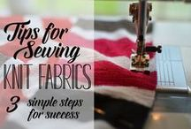 Working with knits - tips and tricks / Having troubles sewing with knits? You can find help here. Plenty of sewing tips and sewing techniques on how to sew with knits are available: how to hem knit fabric, use a twin needle, zizzag stitch for sewing knits, how to make a lettuce hem etc