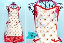 Apron patterns / All kinds of apron patterns you'll enjoy making for yourself or someone else. Learn how to make an easy grilling apron or how to sew a gathering apron, find adorable free apron patterns, ruffled apron patterns, vintage style apron pattern and more apron tutorials.