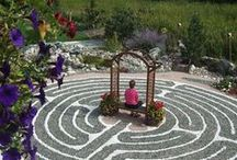 Labyrinths, Mazes and Crop Circles / The point of a maze it to find its centre, the point of a labyrinth is to find your centre