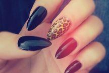 Nails Nails Nails / by Niki M. Quintela