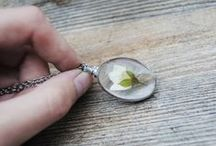 Real plant jewelry - Herbal jewelry / pressed flowers, herbs, natural leaves used in jewelry. Unique NATURE!