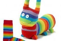 Couture / Animaux en chaussettes / Kits couture pour créer des animaux à partir de chaussettes rayées très colorées !
