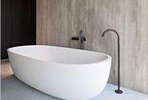 Bathroom: Minimal Decor