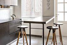 Kitchen: Minimal Decor