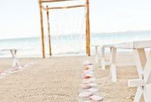Beach Wedding / Do you love going to the beach? Then a beach wedding is your perfect venue for your wedding. Is it going to be in your home town or is it a destination wedding? On this board you can find all the inspiration for that type of wedding.