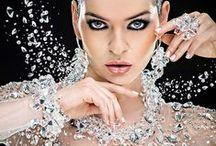 Strass em aplicações Diversas / Strass aplicado em roupas, calçados, bijuterias, objetos de decoração, maquiagem decorativa, acessórios e muito mais! www.beadshop.com.br