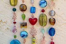 Contas de Murano em Diversas Aplicações / Cortinas, bordados em roupas, calçados, acessórios feitos com contas de murano. www.beadshop.com.br