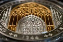 Katedrála sv. Víta / Unikátní pamětní medaile z 1 kg ryzího stříbra a pozlacená medaile v mimořádné velikosti. Exkluzivně jen u Národní Pokladncie