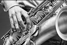 Da ya think I'm SAXY ?! / All about sax ;) / by Cathy Baudouin-Le Vacon