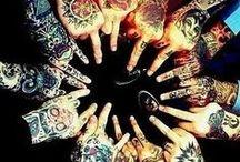 tattoo love/love tattoo