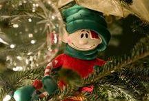 Elf Fun with Pop-In-Kins / Travesuras de los duendes.