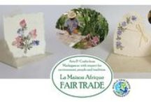 Fair Trade flowerdecorated barkpaper / A craft with very long tradition - and a beautiful, sustainable result.