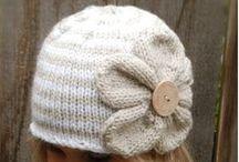 Tricot écharpes,snoods,bonnets,chaussons