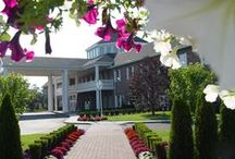 Our Grand Facility / East Wind Long Island is set on 26 lush acres and is home to 50 grand rooms and suites, a 10,000-square-foot lavish full-service spa, and an award-winning catering facility with 50,000-square-feet of indoor and outdoor event spaces. The Inn also features a 24-hour fitness center, an indoor swimming pool, a 200-seat restaurant featuring Sunday Brunch, and more, including complimentary Wi-Fi access and a coffee and breakfast eatery serving Starbucks® coffees.