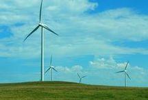Kansas Wind Farms / Photos of wind turbines on the Plains.