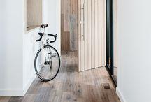 Floor / #modern #minimal #decoration #interior #rug #carpet #runner #kilim #kelim #schlicht #lessismore #home #maison #design #floor #flur