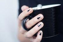 NAIL INSPIRATION / With nails I love nude colours and minimal nailart