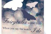 Sprookjesachtige trouwkaarten / Dit is een greep uit de collectie 'Fairytale deluxe' trouwkaarten van KaartopMaat. De colectie bestaat uit zachte, romantische kleuren en items uit sprookjes. Bekijk de collectie voor een echt sprookjeshuwelijk.