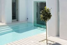 Sweet vacation home..... / A summer house in a Greek island