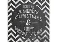 Kerstkaarten / Naast kaartopmaat.nl hebben wij ook nog, verhuiskaartenmaken.com, geboortekaartje.nl en goededoelenkaartje.nl. Op goededoelenkaartje.nl staan alle kerstkaarten. Wanneer je een kerstkaart bestelt steun je gelijkertijd een goed doel naar keuze. Je kunt kiezen uit de collecties: Kerst, Nieuwjaar, Kerst-leuk, Zakelijke-, Moderne- en Traditionele kerstkaarten.   Je kunt ook kaartjes bestellen uit de collecties Pasen, verjaardag, valentijn etc. Ook dan gaat een deel het geld naar een goed doel.