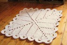 tapetes crochê / artesanatos