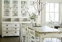 Kitchen Lovin / Real life rooms that inspire a Mini-ologie look and feel...