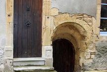 ARCHITECTURE: Doors & portals / by Ruby Seastone