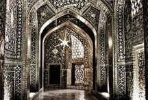 Fascination with Doors/Entry ways / Beautiful doors, windows, and entryways